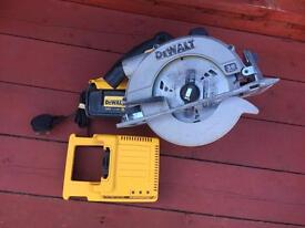 DEWALT CORDLESS 36v CIRCULAR SAW WITH BOX