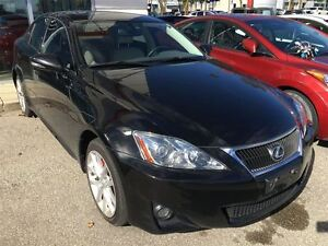 2011 Lexus IS 250 NAV | LEATHER | REAR CAM | CLEAN CARPROOF