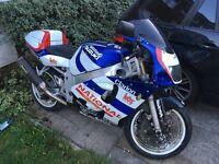 1999/2000 SUZUKI GSXR600