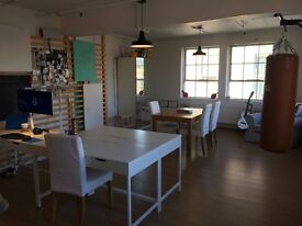 AWESOME Co-working / Desk space to rent near LONDON BRIDGE!!