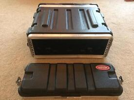 SKB 3U flight rack case