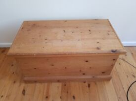 Blanket box, toy Chest, Pine wooden Chest