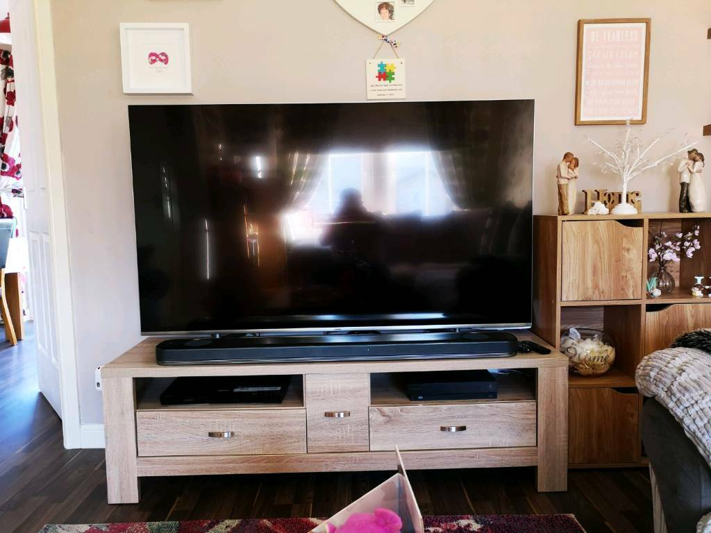 Samsung Qled 65 4k Tv In Stirling Gumtree