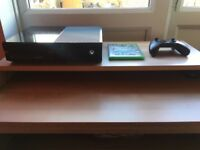 XBOX One 500GB with Original Controller & 6 Games (GTA V, FIFA 17, TITANFALL...)