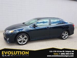 2012 Toyota Camry SE, NAVIGATION, ONLY 44000KM, EASY FINANCING !
