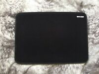 "[NEW] INCASE ICON SLEEVE WITH TENSAERLITE FOR MACBOOK PRO 13"" RETINA [BLACK]"