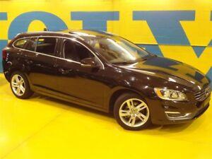 2015 Volvo V60 -T5- Premier Plus ( La Plus Équipée )