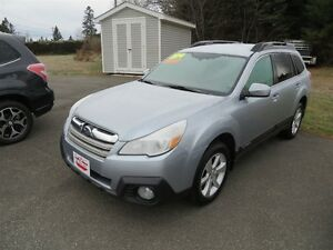 2014 Subaru Outback AWD, HEATED SEATS!