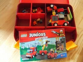 LEGO 10740 Juniors Fire Patrol Suitcase Fire Engine man easy to build RRP£38