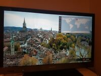 "Sony Bravia KDL-32EX524 32"" 1080p HD LCD Internet TV"