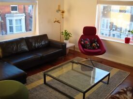 Double Room for rent in a 3 Bed flat Southsea area