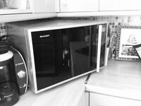 Microwave oven with grill & convection - in great condition