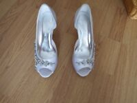 Bride's Shoes size 6
