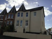 Sunny 4 bedroom flat in exmouth fully decorated/referbished