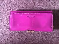 Ted Baker Patent leather purse with original box, Pink.