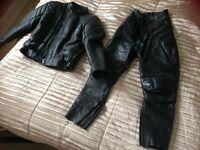 Ladies motorcycle leathers like new