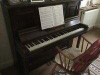 For free: upright piano, (due to lack of space). Suitable for tuning.