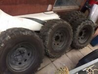 Land Rover Defender Discovery wheels and Tyres Off Road £200 ono