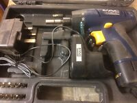 Skil jigsaw and battery screw driver