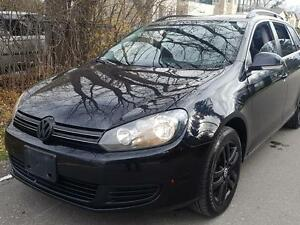 2010 Volkswagen Golf Wagon 2.5  P.GROUP,Sharp,CERTIFIED $5975