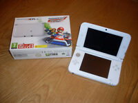 Nintendo 3DS XL - with Mario Kart 7 - Pre-installed - Boxed - Immaculate