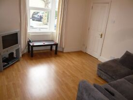 2 Bed Garden Flat in Old Town Swindon. NO AGENCY FEES TO PAY
