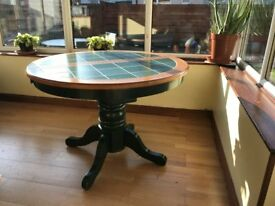 Extendable Dining Table £100