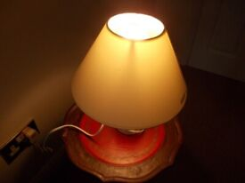 Small table lamp very good condition