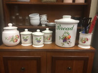 lovely country kitchen set