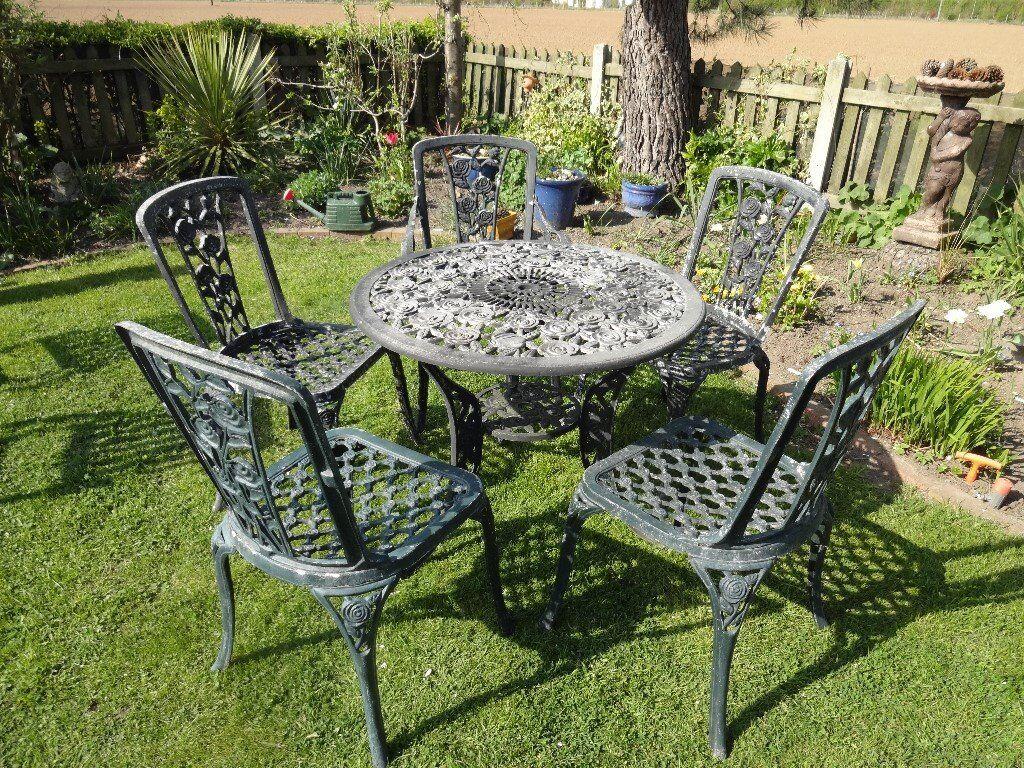 Vintage rose pattern cast aluminium garden furniture set for Aluminium garden chairs