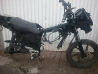 Honda CBF 125 62 PLATE BREAKING COMPLETE FRAME WITH V5
