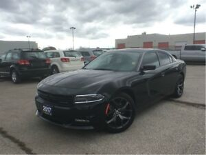 2017 Dodge Charger SXT**SUNROOF**NAVIGATION**BLUETOOTH**