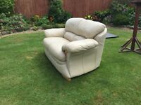 2 seater leather sofa GREAT CONDITION