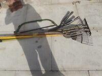 Garden tool bundle-7 tools