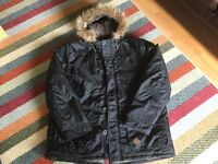 """MAN'S BRAND NEW PARKER COAT WITH FUR LINED HOOD.SIZE XXL - UP TO 52""""CHEST"""