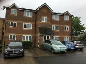 1 bed Ground floor flat available to let in Greenslade Road, Barking, Essex, IG11.
