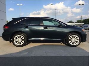 2015 Toyota Venza 4CYL LE London Ontario image 4