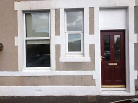 Spacious, newly decorated, main door 1 bedroomed flat to rent in Musselburgh