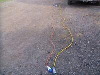 2 x hook up leads 240v