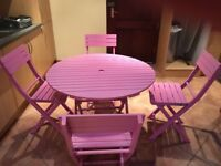 Pink table and chairs perfect!!