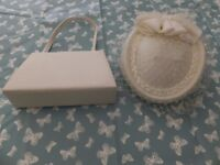 Cream ladies wedding hat and handbag