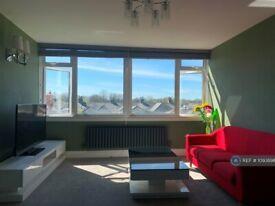 2 bedroom flat in Meadow Lane, Windsor, SL4 (2 bed) (#1093898)
