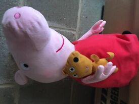 Peppa pig soft toy and medic Play set