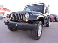 2012 Jeep WRANGLER UNLIMITED Sahara CUIR ET GPS  SUSPENSION ET L