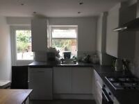 Nice & cheap room from August 15 and September 15 in our nice Brixton house