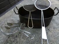 Large oval shape deep frying pot with set of 4 accessories