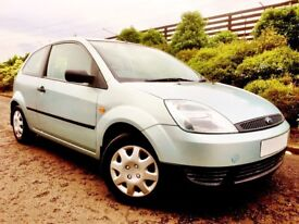BEAUTIFUL FIESTA. VERY LOW MILEAGE. ALMOST 1 YEARS MOT. DRIVES SUPERB. 60 MPG. CHEAP INSURANCE.