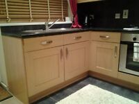 Immaculate Oak Shaker kitchen for sale as new
