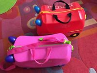Set of 2 Trunki suitcases