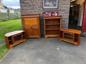 Gola Hi-fi Cabinet * free furniture delivery *